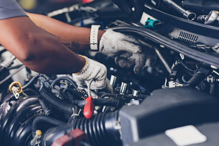 Schedule Auto Repair for These Engine Noises in Farview Heights IL