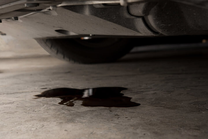 Common Cause of Oil Leaks in Belleville IL