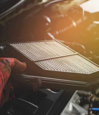 Change Your Air Filter in Your Car in O'Fallon IL